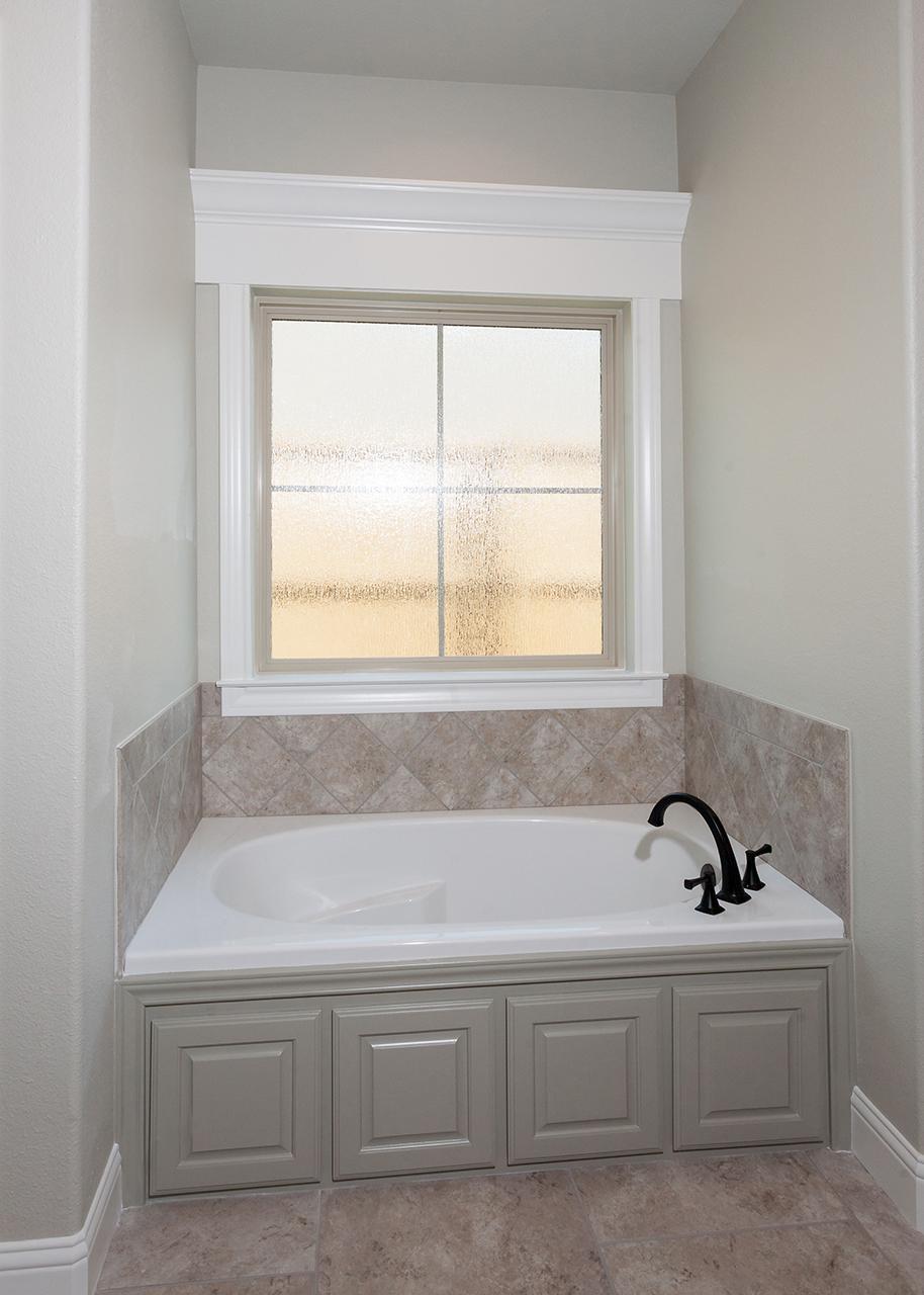 Christensen Floor Plan Master Bath Tub