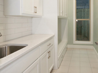 Reidy Modern Style Home Laundry Room with Window