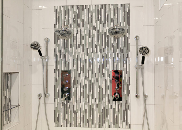 Reidy Modern Style Home Master Shower with dual rain and handheld shower heads